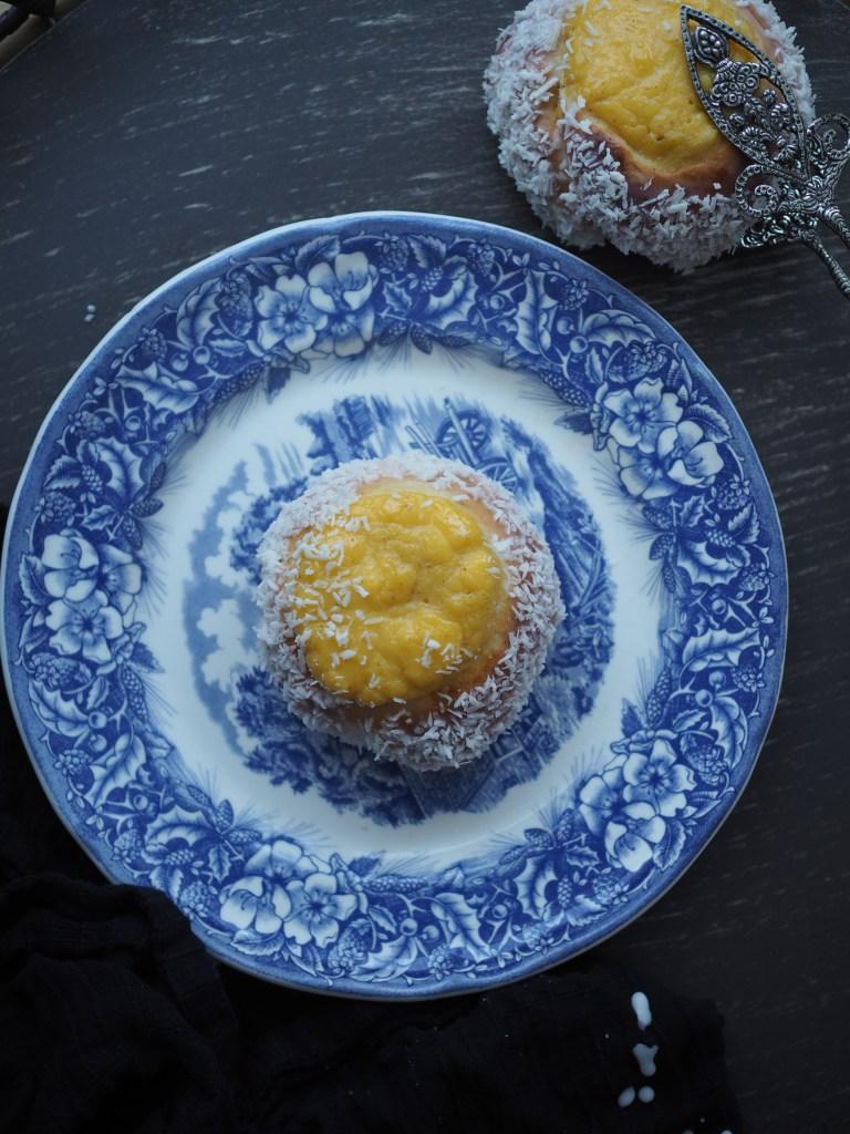 Skoleboller (Norwegian Buns with Custard & Coconut)