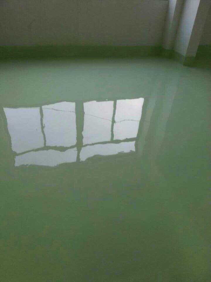 Which airless paint sprayers can spray flooring epoxy