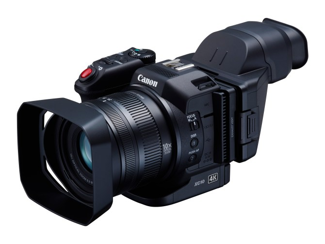 Canon XC10 er like fullt et foto kamera som det er et videokamera, og prioriterer begge deler like mye. Pressefoto fra Canon