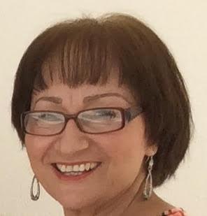 Board Members - Alicia Nieves Hernandez
