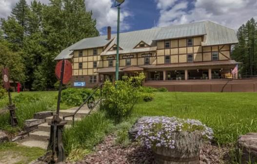 Isaak Walton Inn the national parks