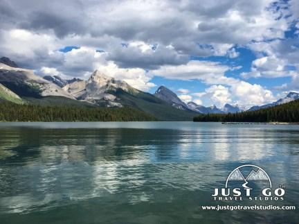 Maligne Lake Canadian Rockies Vacation