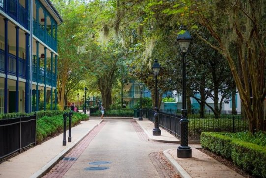 Disney Moderate Resorts French Quarter courtyard