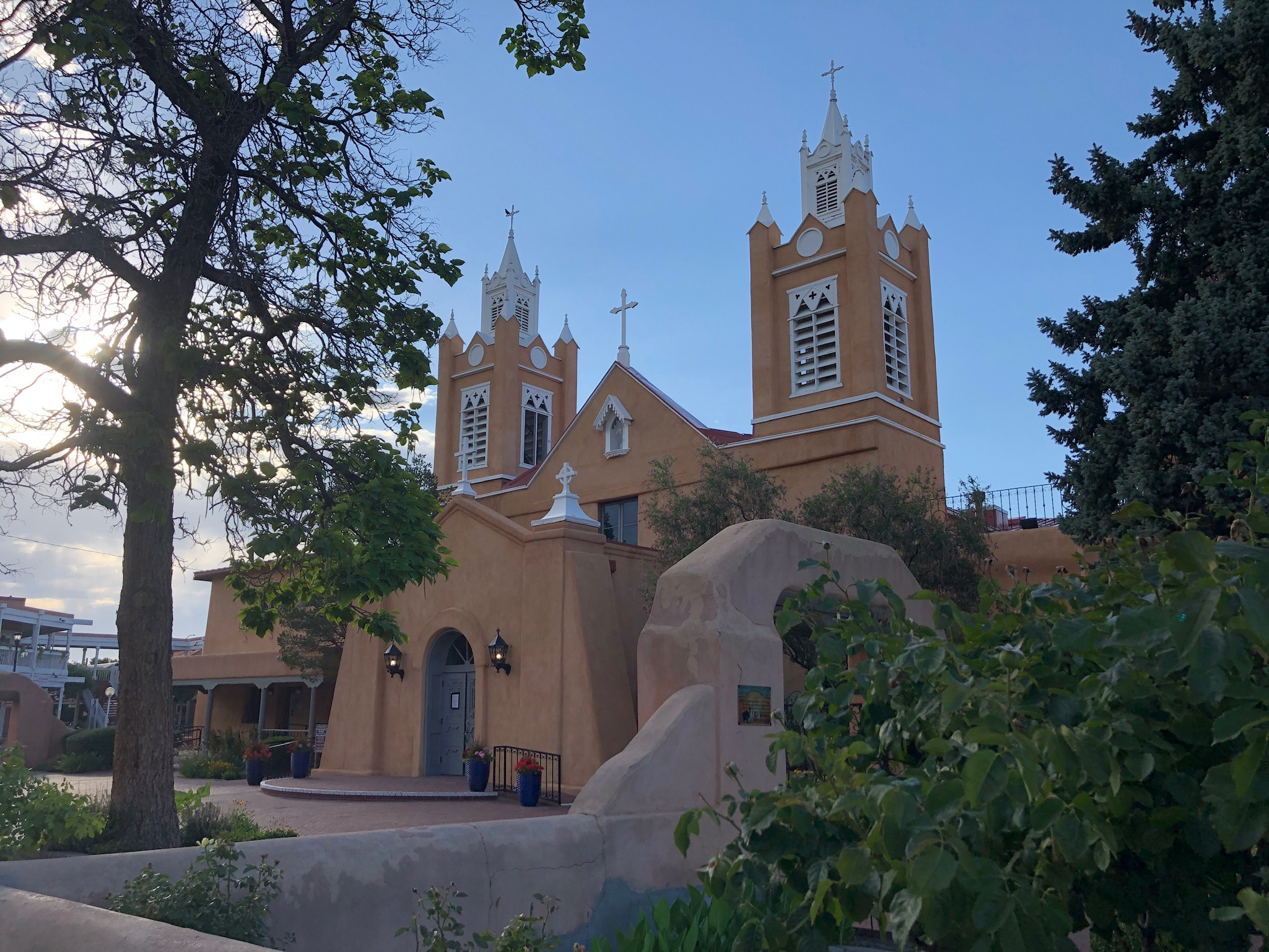 albuquerque church