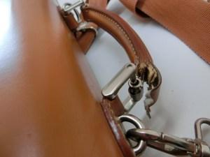 ビジネスバッグ持ち手修理9