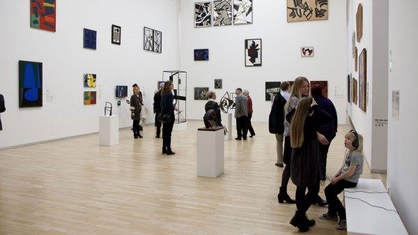 Museer Og Teatre Ber Dyrt Ind Kultur Dr