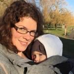 Hoe bescherm je je baby tegen weer en wind tijdens het dragen?