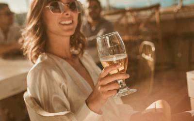 Os efeitos da bebida alcoólica na pele