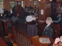 im Pub bei Schleicher