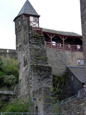 Ein Wehrturm