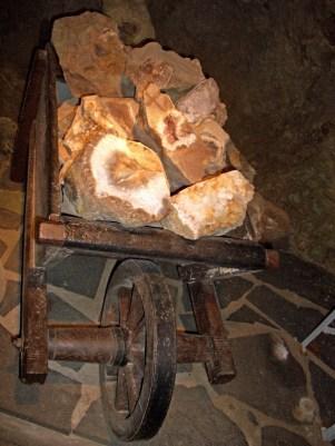 Besuch des Edelstein Museums und einer Edelstein Mine