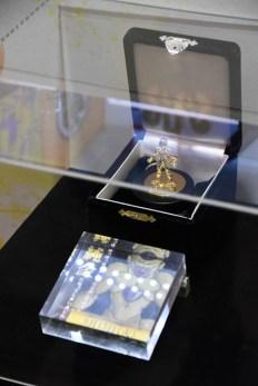 Dragon-Ball-Chara-Hobby-Golden-Freeza-Pure-Gold-5