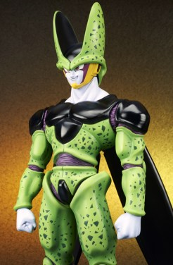 Perfect-Cell-Gigantic-Series-4