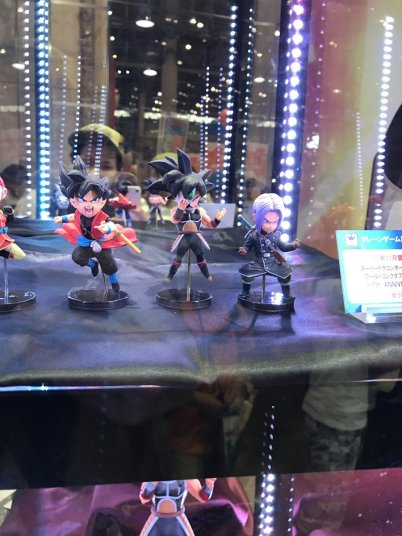 SDBH World Collectable Figures