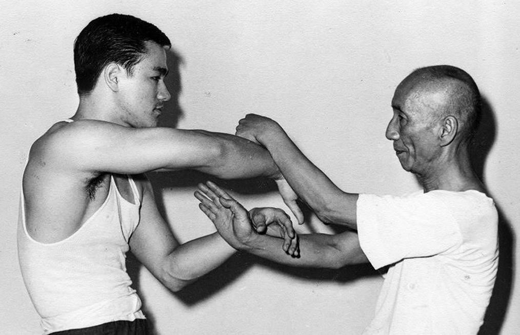 Chi Sao - Bruce Lee and Ip Man