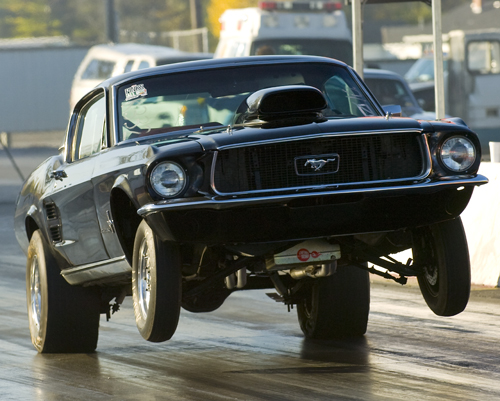 The ford mustang with 5.0 v8 gt engine delivers a top speed of 155mph & 1967 Ford Mustang Fastback 1 4 Mile Trap Speeds 0 60 Dragtimes Com