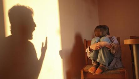 Bullying από σπίτι...
