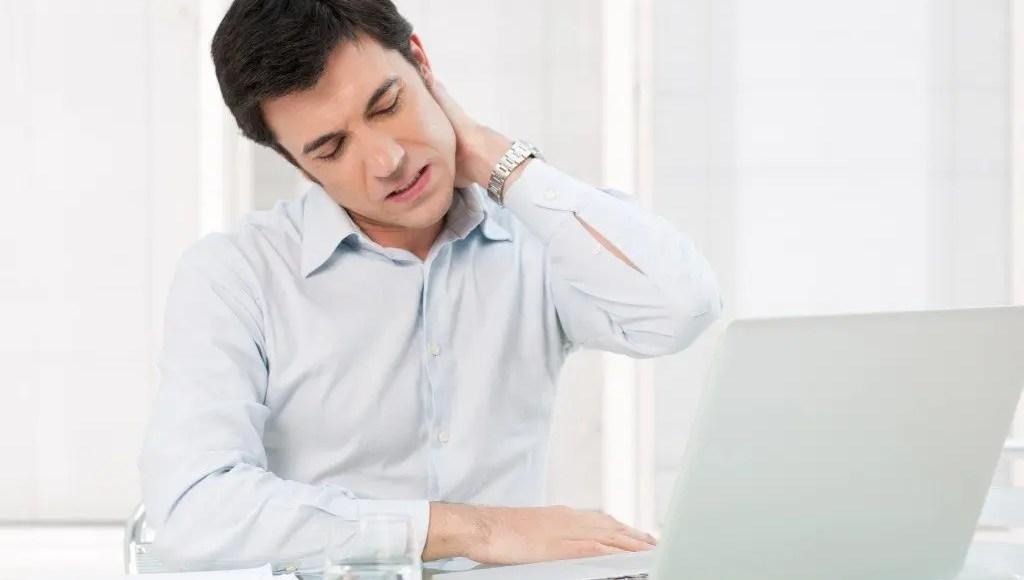 dolor de cuello hombre oficina el paso tx