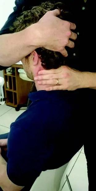 cervicogenaj kapdoloroj. La tegmenta membrana testo-manifestacio - El Paso-Kiropractoro
