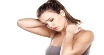 blog picture of woman with neck pain
