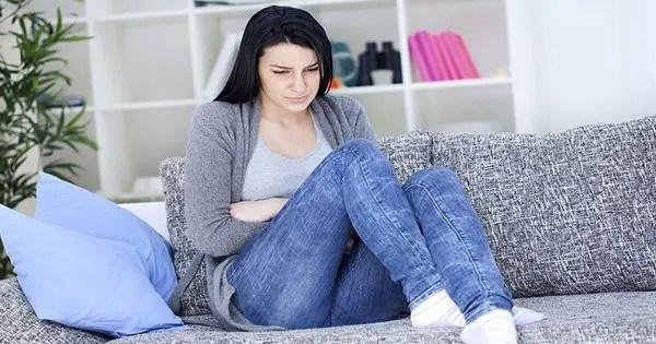 virino kun simptomoj de fibromialgia