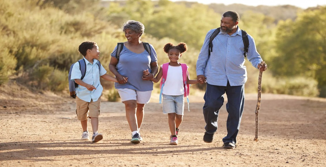 11860 Visa Del Sol Ste.128 Знайте, как правильно носить рюкзак Эль-Пасо, штат Техас.