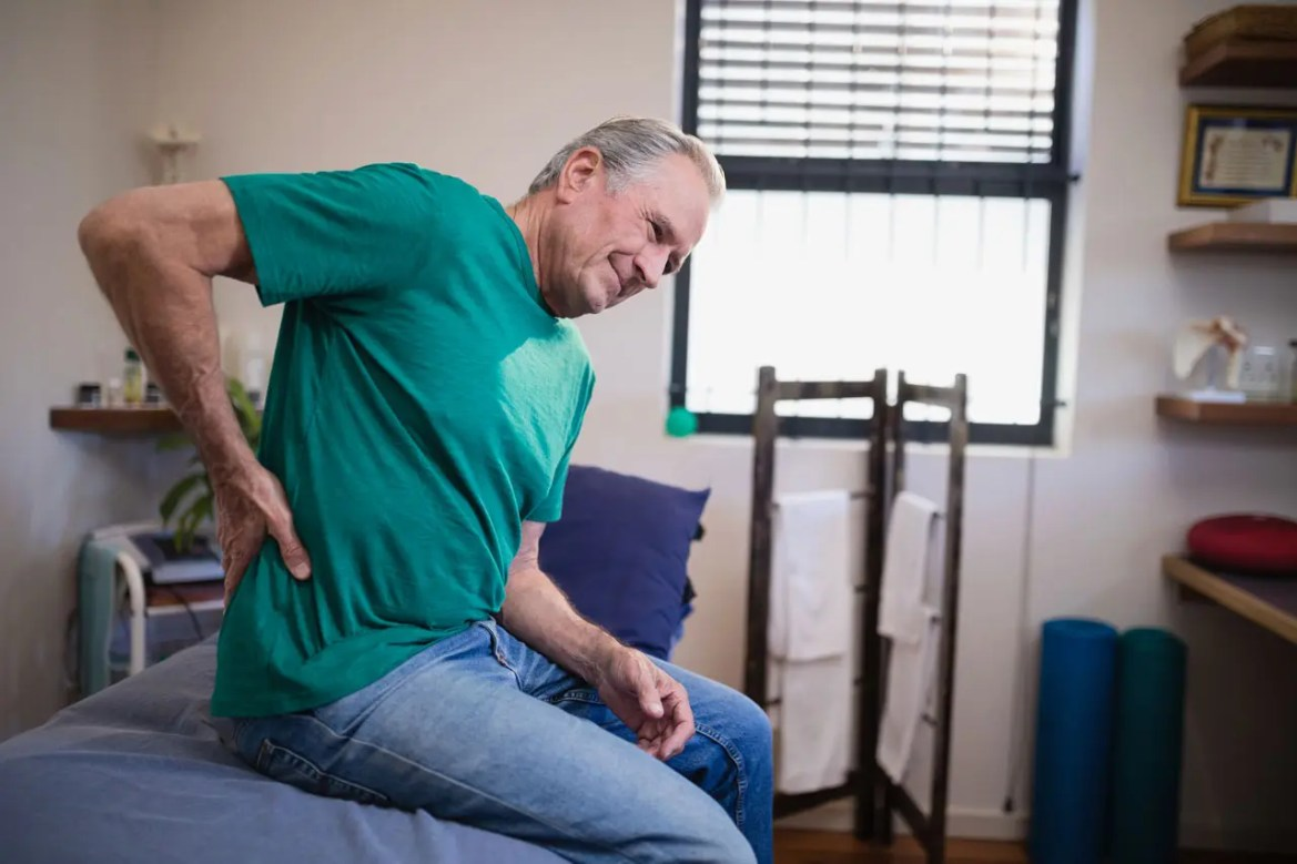 11860 Vista Del Sol, Ste. 128 Exactly What Is M.I.S.S Minimally Invasive Spine Surgery?