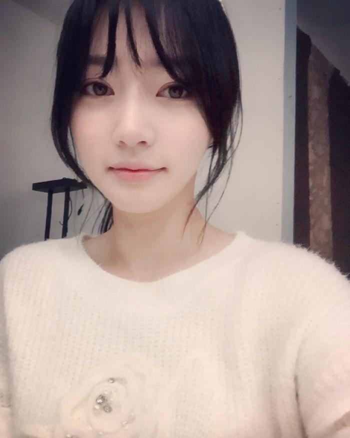 Song Ha Yoon translated instagram