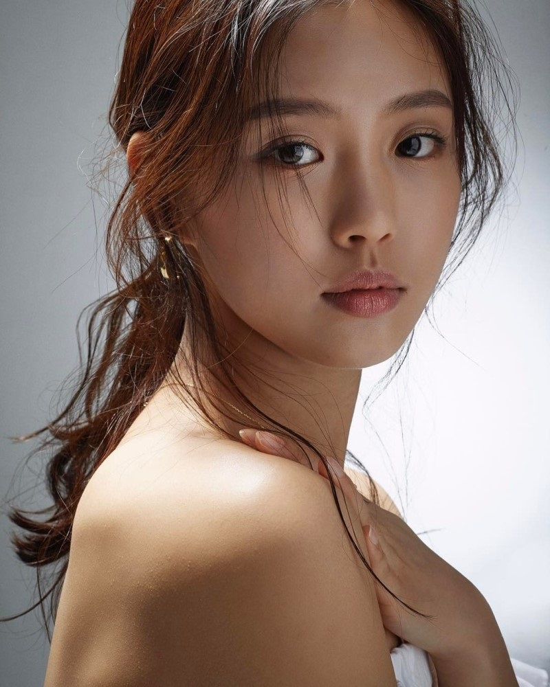 Go min shi as lee eun yoo sweet home 2020, dir. Go Min Si Lee Do Hyun Habla Sobre La Respuesta Hacia Sweet Home Go Min Shi 고민시 Olif Harianti