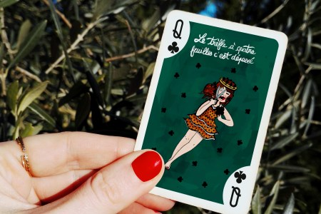 L'art à jouer - Carte de poker - Dame de trefle by Drawings and things / Amandine BELLUZ via le mouchoir - En vente via une campagne ULULE