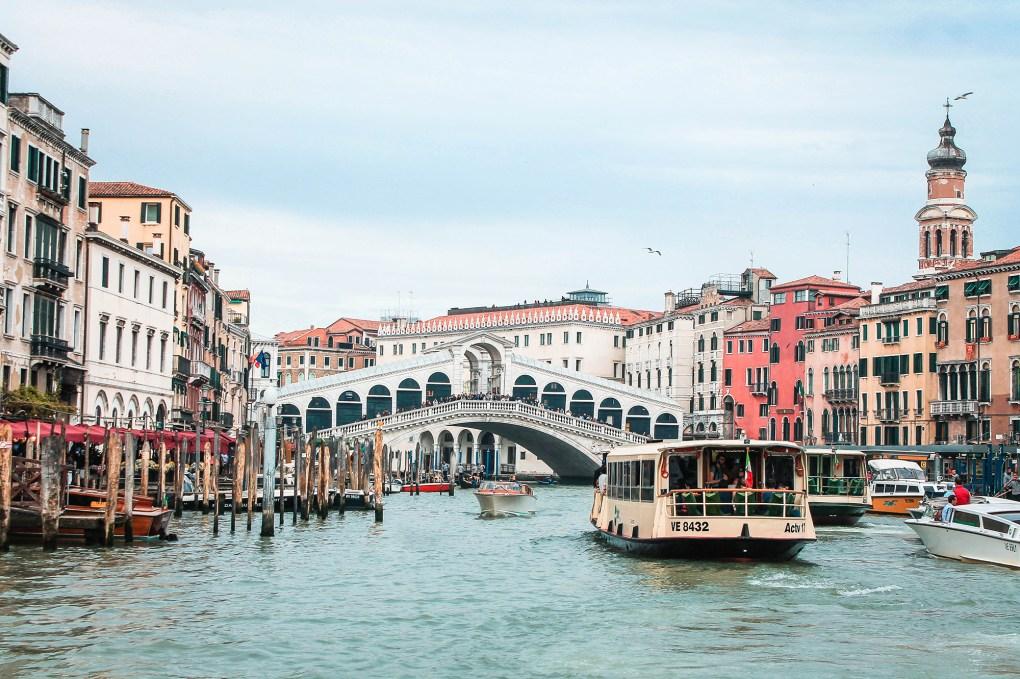 Road-trip-en-Italie-Venise-Drawingsandthings - Vue du pont rialto