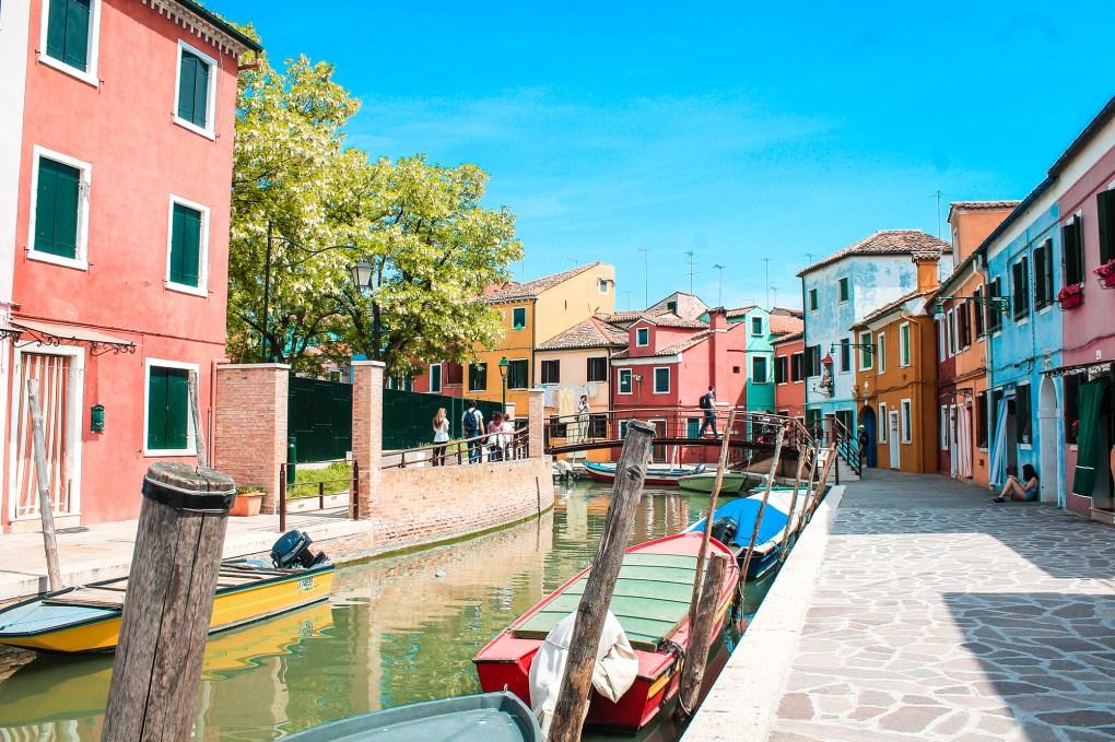 Road-trip-en-Italie-Venise-Drawingsandthings - Burano, la ville de pêcheurs, colorée