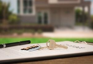 Lakás, ingatlan adásvételi szerződés, ingatlan ajándékozási szerződés