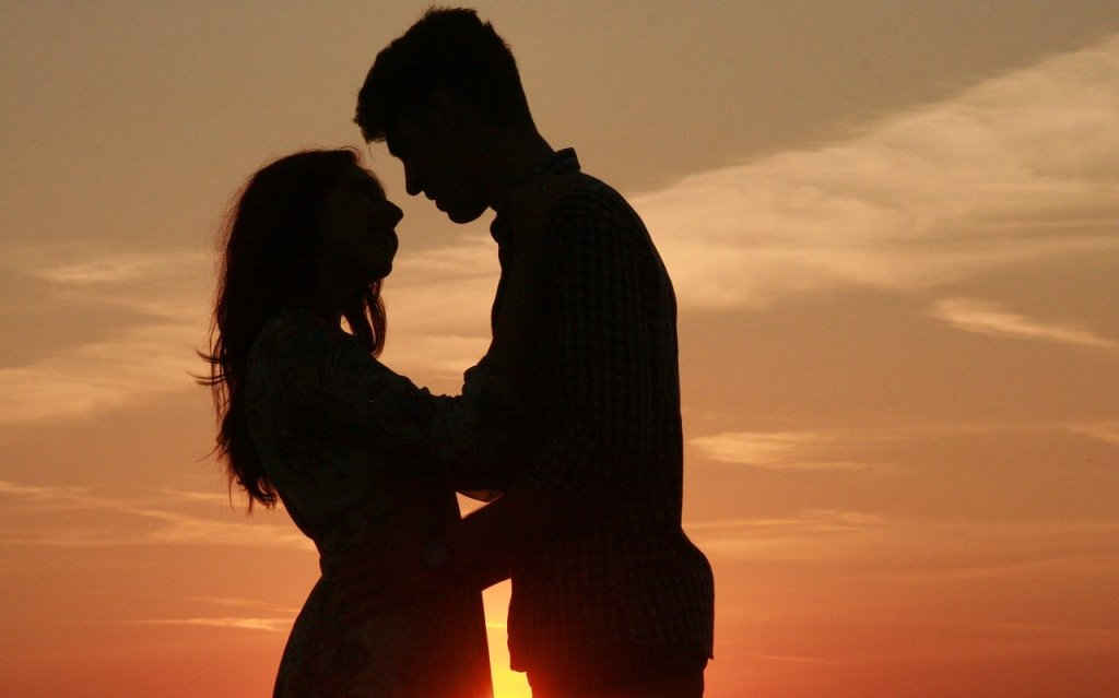 5 Ways To Help Your Husband Desire You