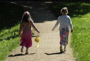 2 Girls Walking