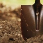 shovel_and_dirt_555_370_all_5