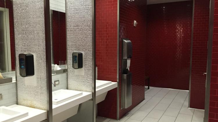 mens-restroom