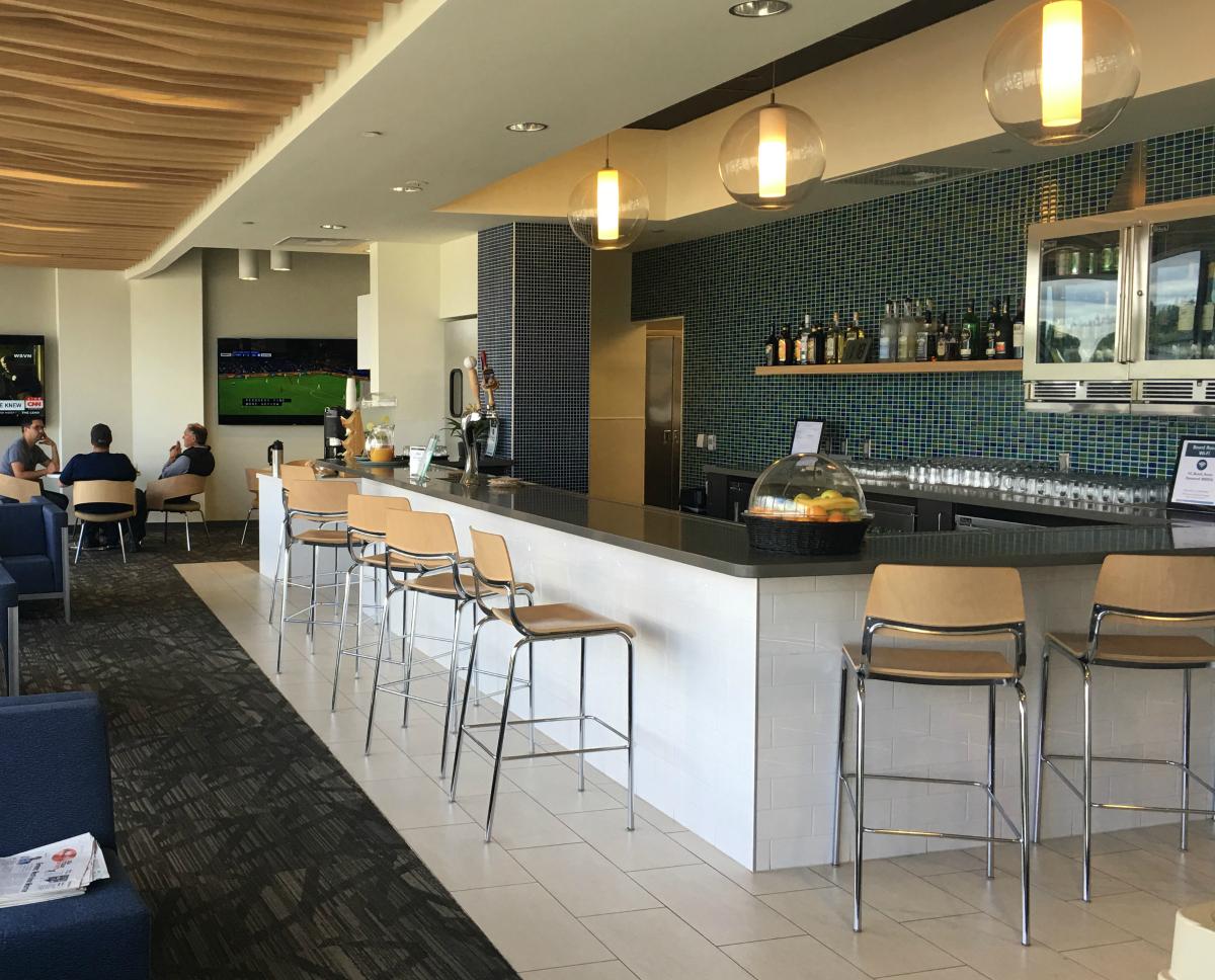 Alaska Airlines Lounge North Satellite Seattle – sevenR