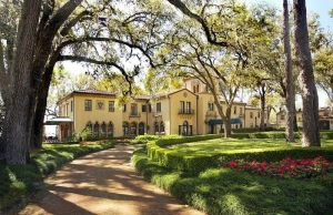 Wedding Venue: Epping Forest Yacht & Country Club. Jacksonville, FL