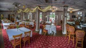 Wedding Venue: Putnam Lodge. Dixie County, FL.