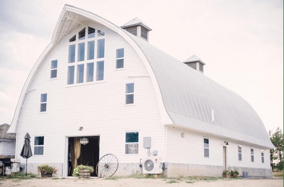 Minnesota Premarital Education Course, Hennepin County, Minnesota Barn at Five Lakes Resort Wedding