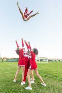 Cheerleading Stunts Basket Toss