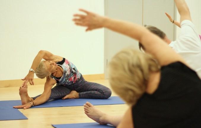 yoga-3772674_1280