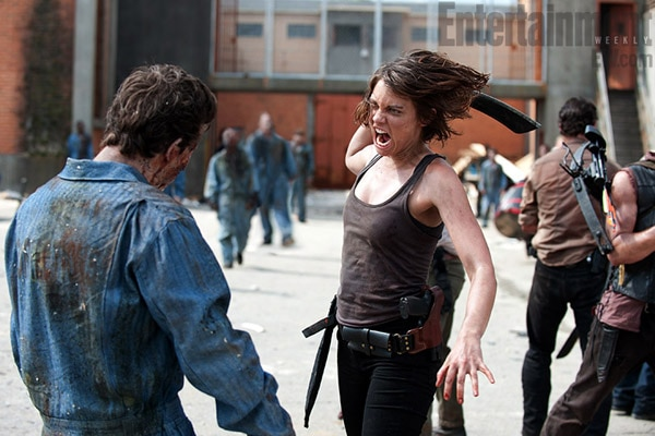New Walking Dead Season 3 Images: The Fight for the Prison is ON!