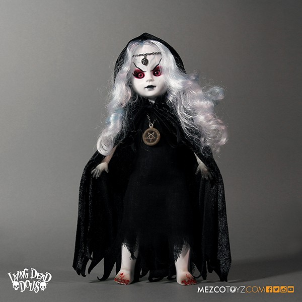 walpurgis2 - #SDCC15: Mezco Reveals SDCC Exclusive Living Dead Doll Walpurgis