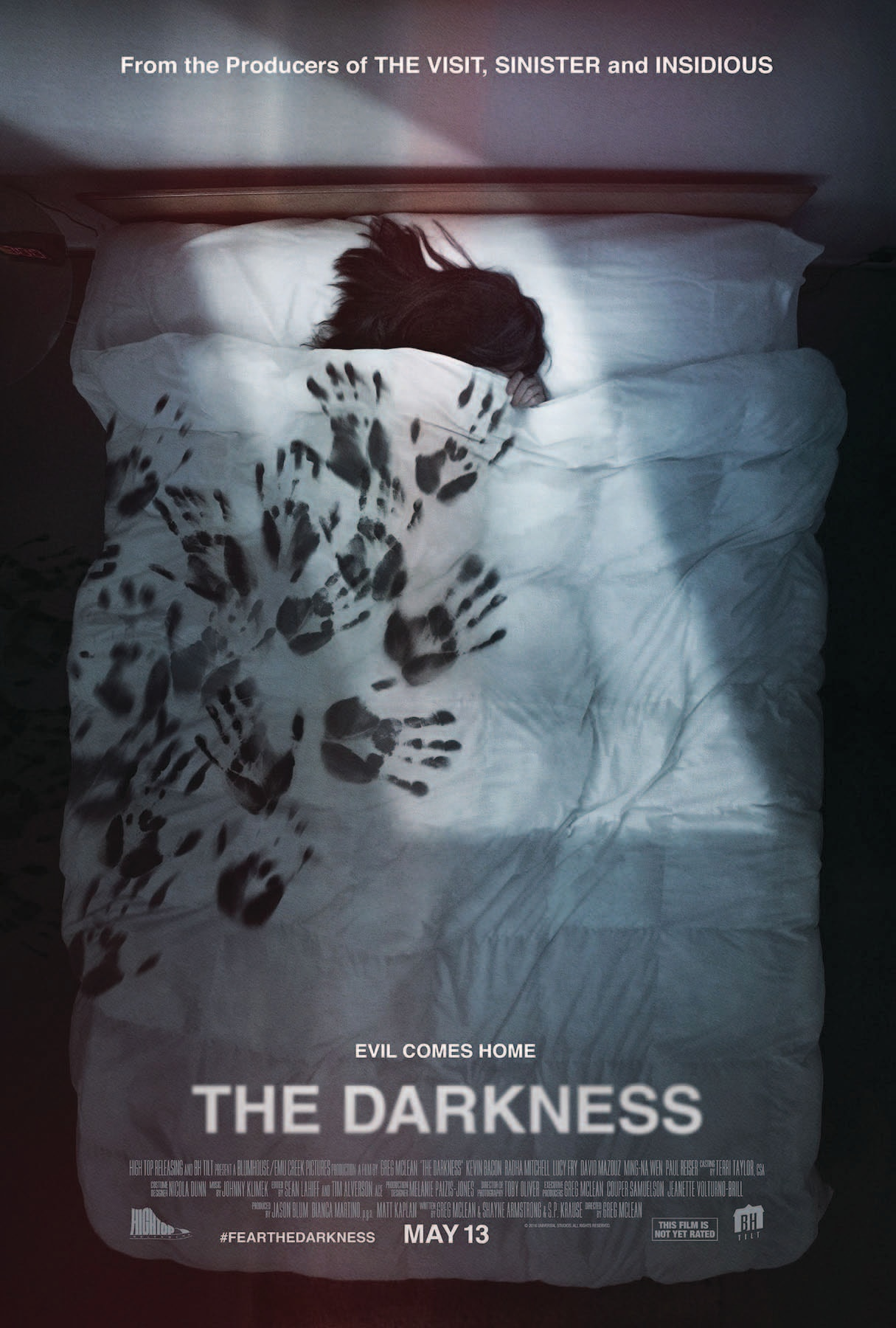 TheDarkness Poster.jpg?zoom=1 - The Darkness - Kevin Bacon Investigates Spooky Treehouse in New Clip