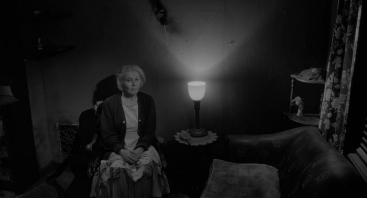 Screen Shot 2016 04 03 at 5.49.11 PM - Mom Turns 25 This Mother's Day; Take a Look Back with Director Pat Rand