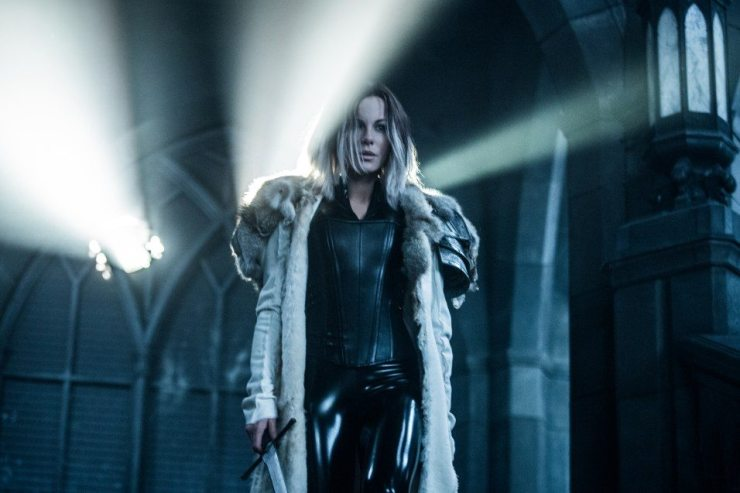 underworld blood wars 4 - New Images from Underworld: Blood Wars Come in Every Shade of Blue