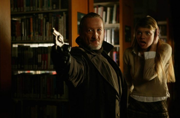 Robert Englund in Behind the Mask The Rise of Leslie Vernon - Horror Fans Call for Robert Englund to Portray Dr. Sam Loomis in the Forthcoming Halloween