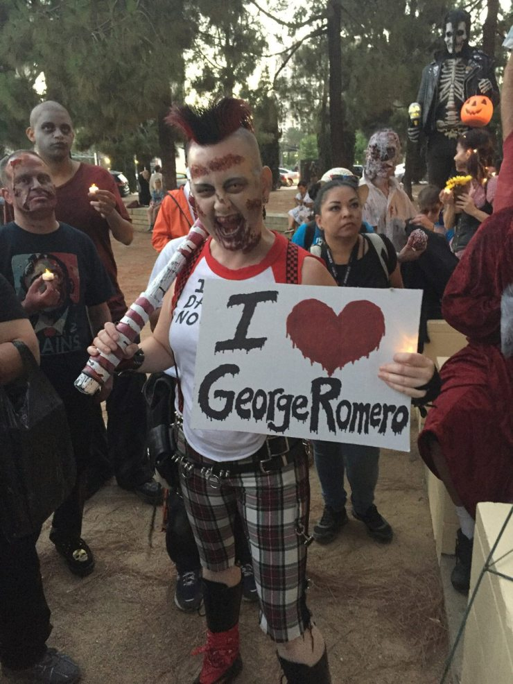 Romero SDCC vigil 11 - #SDCC17: George A. Romero Candlelight Vigil - Photos and Video